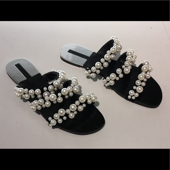 4cb6a3d4435 Zara Black Velvet Pearl Strappy Flat Sandals