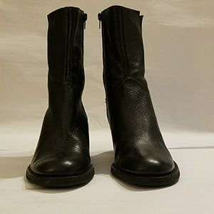 BCBG girls Black leather mid-calf boot