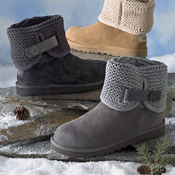 2bebe42f3a1 NEW UGG SHAINA GREY. Original box NWT