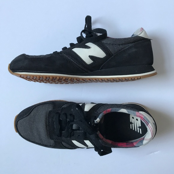 New Balance 420 Black and Plaid