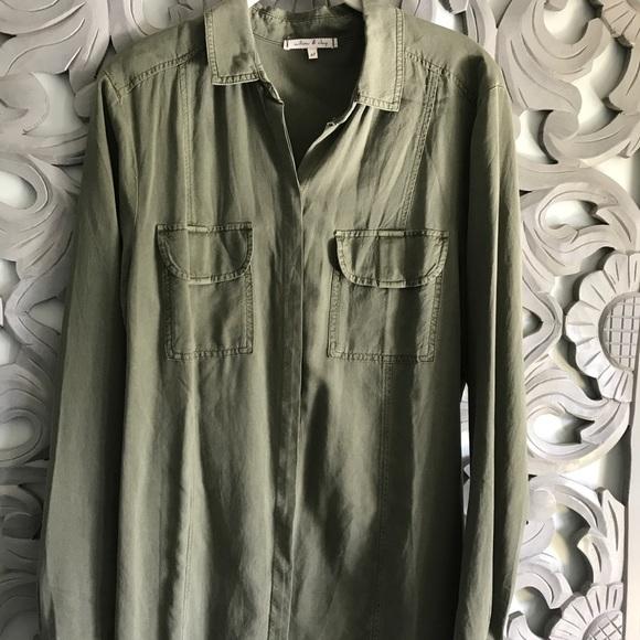 0bc9b4e4533f7 Willow   Clay olive green blouse. M 59cd833e2599fe001701018e