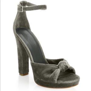 """Joie """"Nabila"""" velvet heels beauty 7.5"""