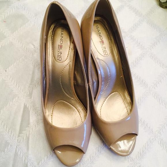 bd16024082 Bandolino Shoes   Dillards Nude Heels Size 7   Poshmark
