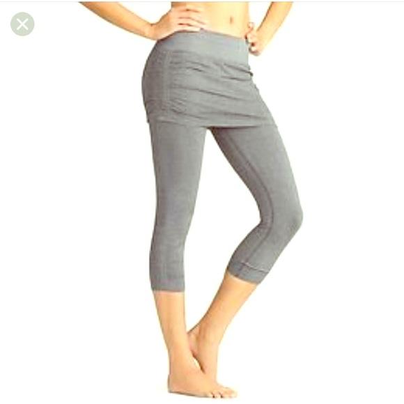 Clothing, Shoes & Accessories Athleta Sz M Black Workout Capris Pristine Back Zip Pocket Activewear Bottoms