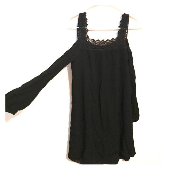 Xhilaration Dresses Black Quarter Sleeve Shoulderless Dress S