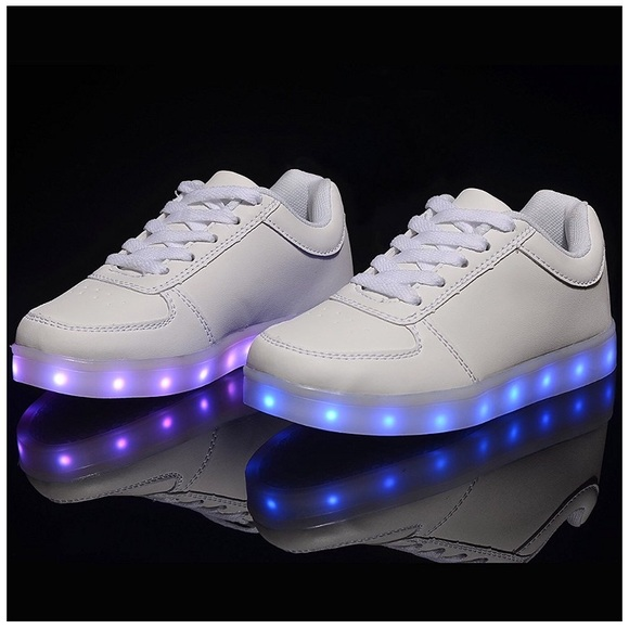 Brand New LED Light Up Shoes for Kids 45a8064d22
