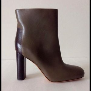 Vince stacked heel boots. FALL 2017 Today show!