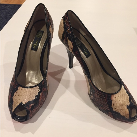 63a7db7bd8f9e J. Renee Luxe Christina Heels Painted Snake