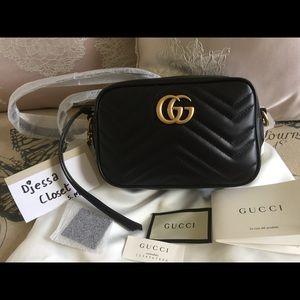 Brand New Gucci Mini GG Marmont Camera Bag inBlack