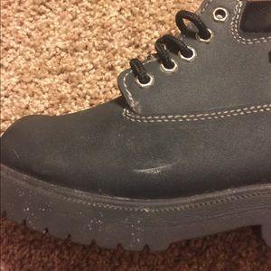 75daf4eab39 Steel toe waterproof kids boots.