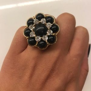 Jewelry - Gold and black floral ring
