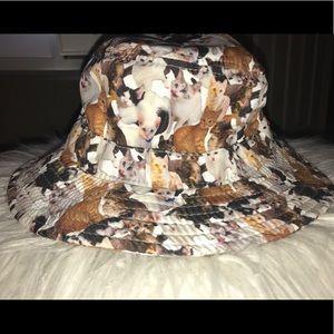 a9f183b669e Accessories - Like New VANS ASPCA Zumiez Various Cat Bucket Hat