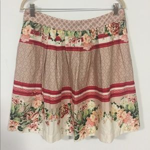 CUE Floral skirt size 14 red white side pockets