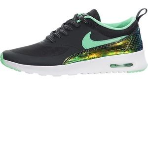 Nike Shoes - Nike Air Max Thea Women's 8/6.5Y