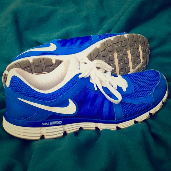 1ee2c35506596 Men s 11.5 Nike Dual Fusion ST2 Blue White Shoes. M 59cdc7fdc6c795822c026089