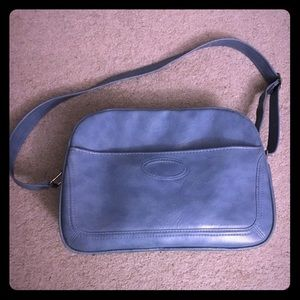 Vintage travel/overnight bag - great condition!