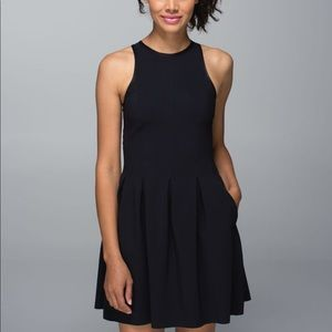 Here to there dress lululemon size 10