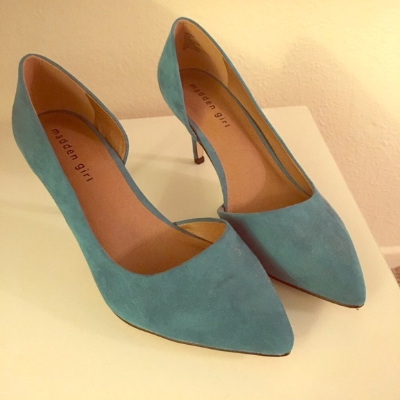 1a4973bd2b4 Turquoise low heel shoes. M 59cde493713fde76be000d36