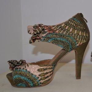 MTNG multicolored high heel
