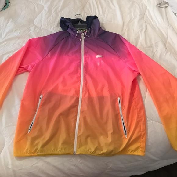 Nike rainbow windbreaker. M 59cdef06eaf030e0c0001f79 629e3718e