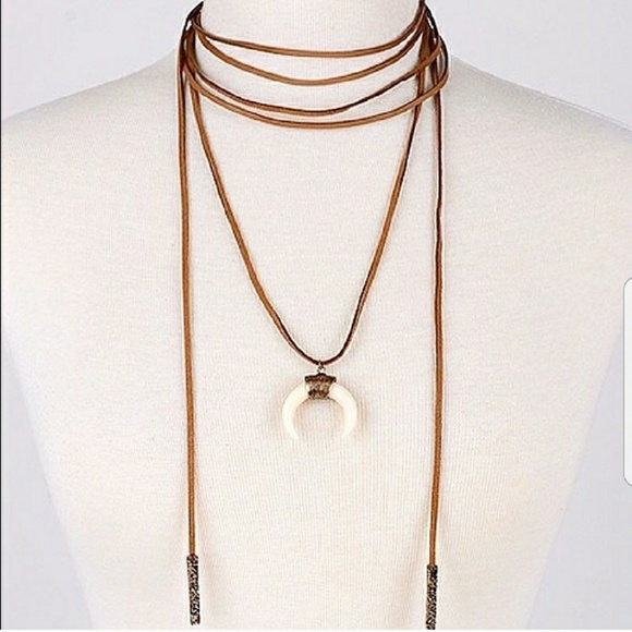Jewelry - ❤*Boho Wrap Choker!*❤
