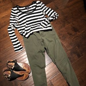 Long Sleeve Black and White Stripped Shirt