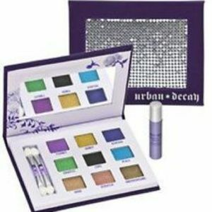 💜Urban Decay Sadow Box w/ Box + Primer!!