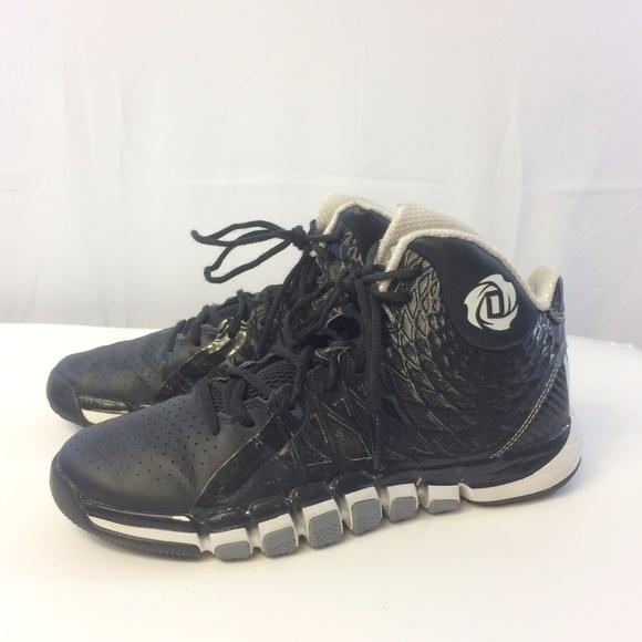 d7fb4558dd73 adidas Other -  Adidas  7.5 Black Derrick Rose 773 II