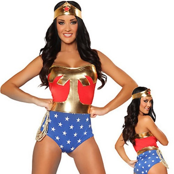 Wonder woman all costumes-5901