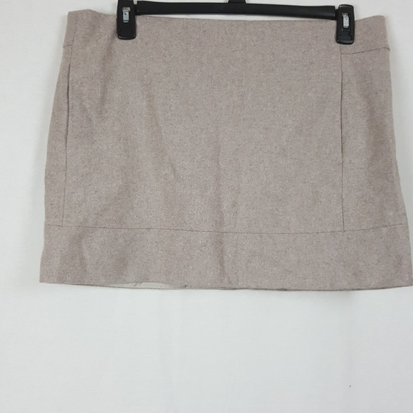 J. Crew Dresses & Skirts - J.CREW WOOL MINI SKIRT SIZE 14