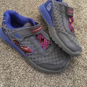 Boys Capri. American tennis shoes