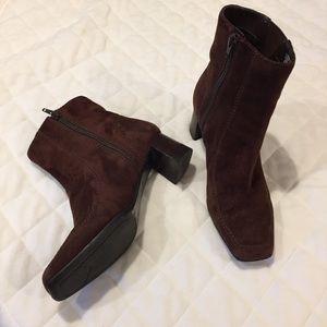 Nine West side zip suede block heel booties