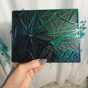 SOLD Urban decay vice 4 palette