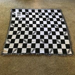 2f254370e7 Vans Accessories - VANS Checkered throw blanket
