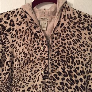 Vertigo Paris Leopard Print Hooded Jacket