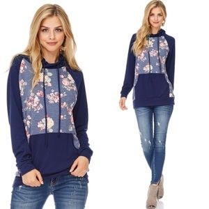 Tops - Floral Sweatshirt