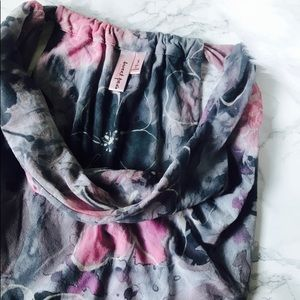 Sweet Pea Grey and Pink Sleeveless Blouse