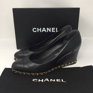 CHANEL CHAIN WEDGE PUMPS SZ39