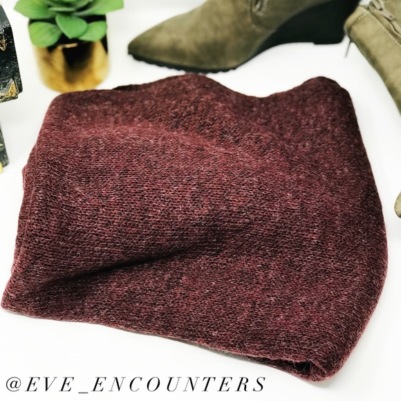 EVETTE ENCOUNTERS Accessories - | LONGLINE KNIT SCARF |