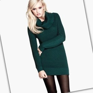 Hunter Green Long Sleeve Ribbed Turtleneck Sweater