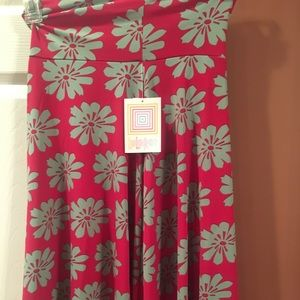 Lularoe red floral Azure skirt size XS NWT