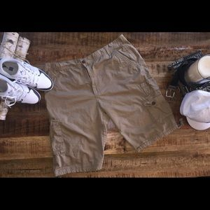 Other - NWOT, men's cargo shorts