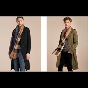 Burberry Lightweight Cashmere Scarf in Ombré Check