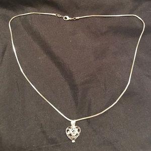 Jewelry - ❗️REDUCED❗️Vantel Triumph Cage necklace