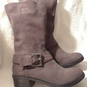 NWOT KELLY AND KATE Suede Boots