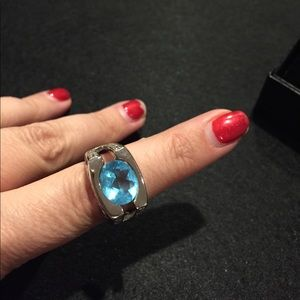 SOLID SILVER blue TOPAZ ring🐝😀💍😍💋