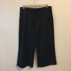 Zella Capri Workout Pants