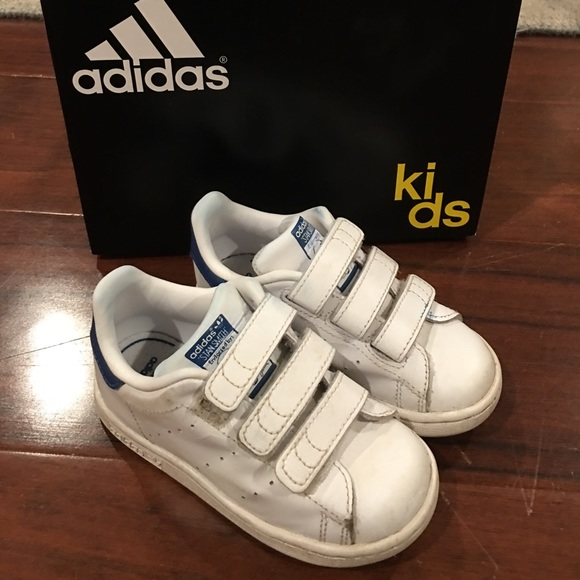 free shipping 5d479 4c5bd Adidas Stan Smith Toddler Velcro Shoes