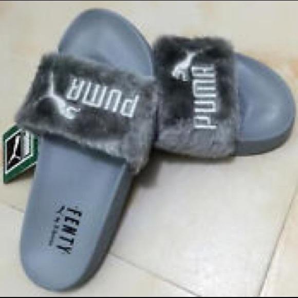 newest 8fa0f fe671 Puma Rihanna Fenty Fur Slide NWT