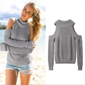 Sweaters - NEW Cold Shoulder Gray Sweater